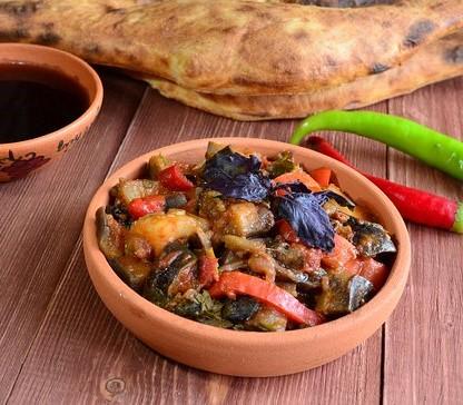Gastronomia de Georgia: Ajapsandali