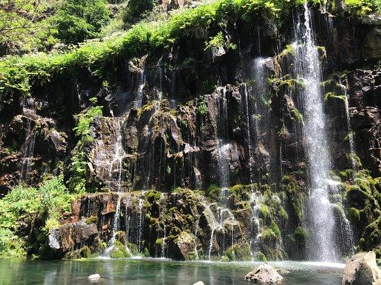 Cataratas en la región de Kvemo Kartli