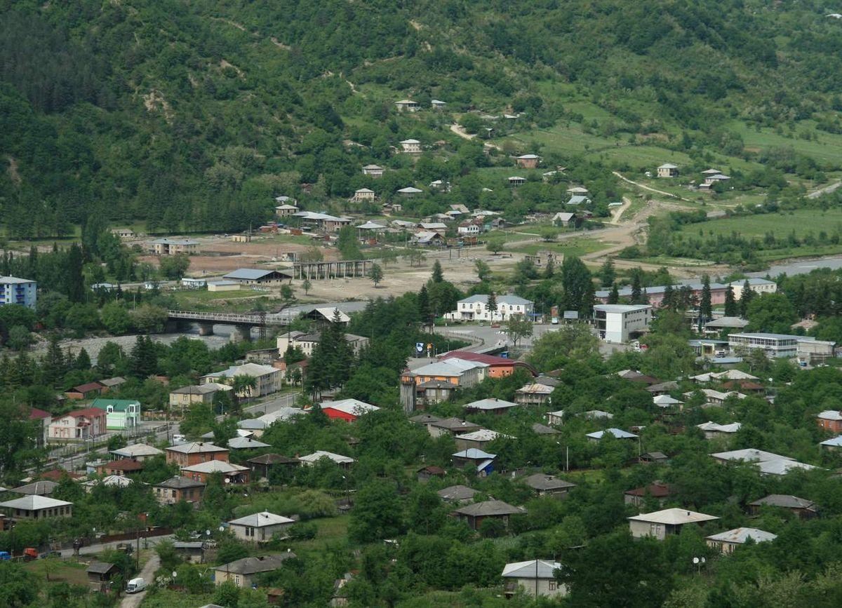Regiones de Georgia: Racha-Lechjumi y Kvemo Svaneti (Capital: Ambrolauri)